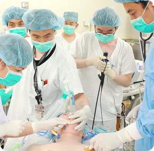 手術中の写真1
