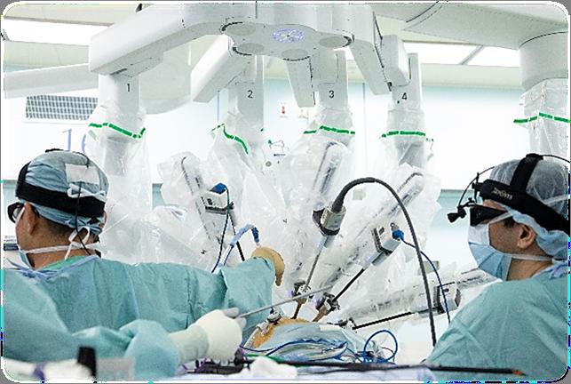 ダヴィンチXiによる手術風景